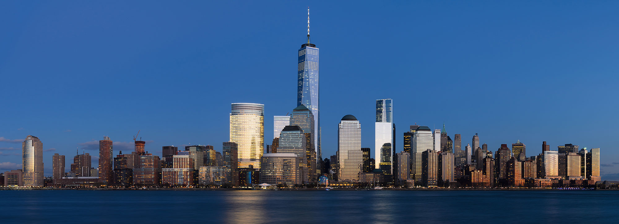 Lower_Manhattan_from_Jersey_City_November_2014_panorama_3-1.jpg